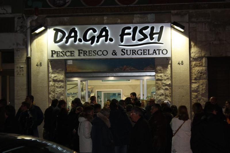 Famoso Realizzazione Insegne Pubblicitarie Luminose per Negozi a Bari  FT03